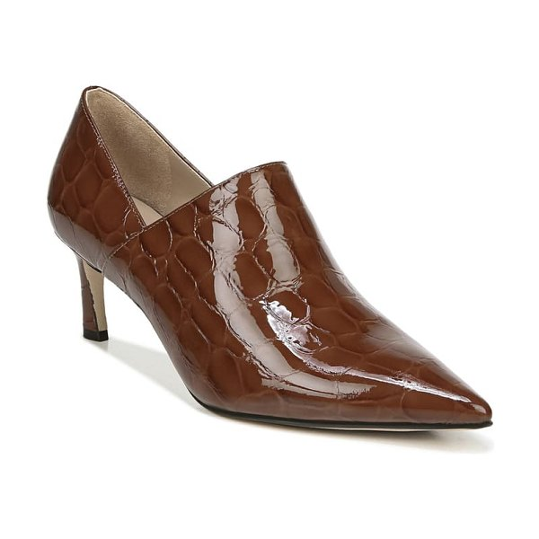27 EDIT fanfare pump in brown patent leather