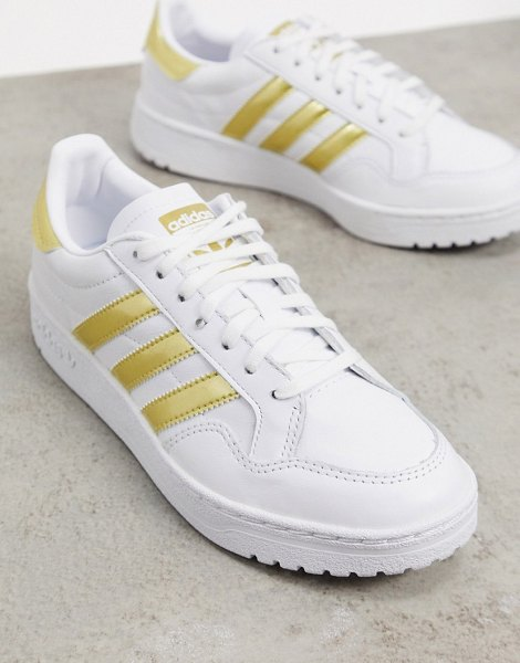 adidas Originals team court sneakers in white and gold in white