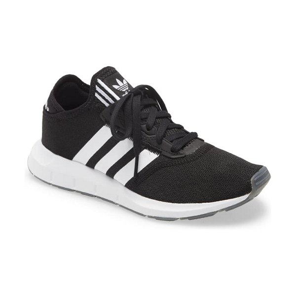 Adidas swift run x sneaker in core black/ white/ silver