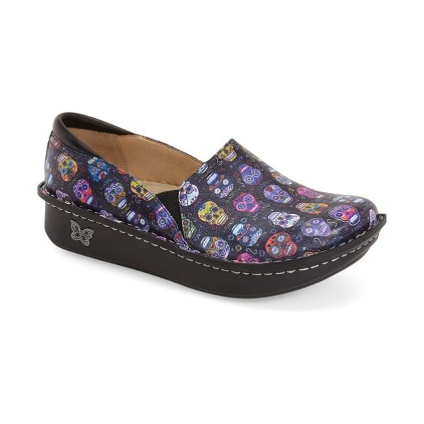 Alegria 'debra' slip-on in sugar skulls leather