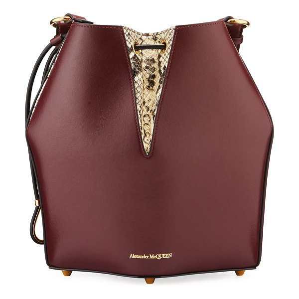 Alexander McQueen The Bucket Bag in Shiny Calf Leather in red