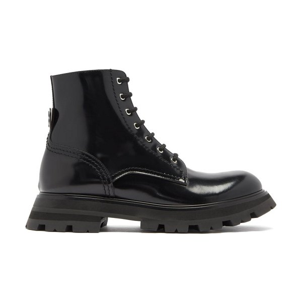 Alexander McQueen wander exaggerated-sole leather boots in black