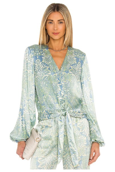 Alexis disma top in blue damask
