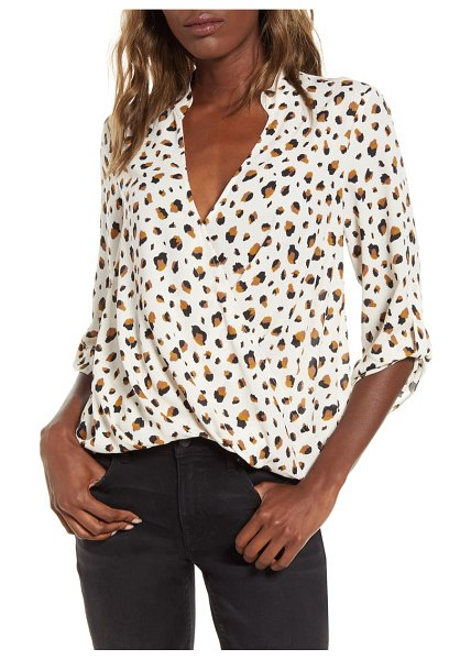 ALL IN FAVOR print wrap front gathered hem top in abstract ivory