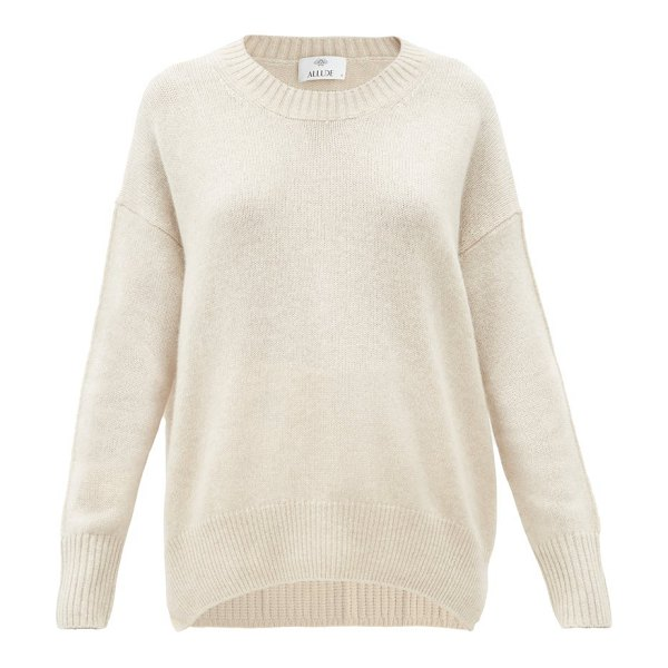 ALLUDE oversized round-neck cashmere sweater in beige