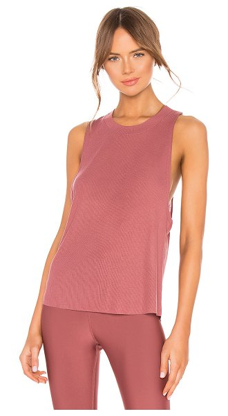 Alo Yoga heat wave tank in rosewood