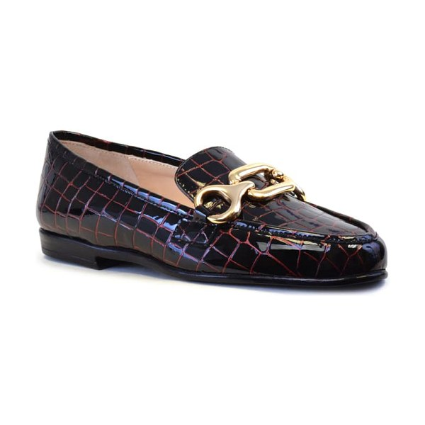 Amalfi by Rangoni olivia loafer in rosso crocco print leather