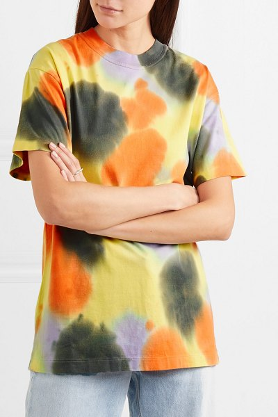 Ambush ambush® - tie-dyed cotton-jersey t-shirt in yellow - The colors saturating AMBUSH®'s Spring '19 collection...