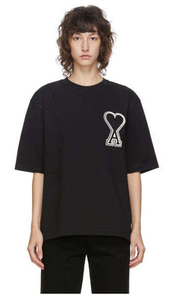 AMI Alexandre Mattiussi black oversized logo patch t-shirt in 001 black