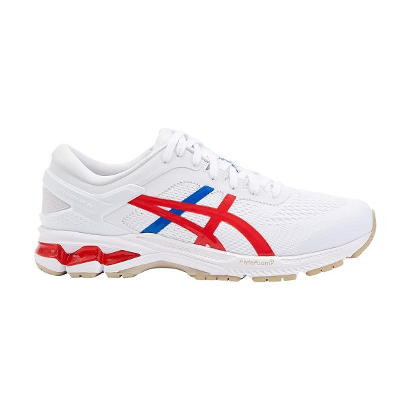 Asics Gel-Kayano 26 Trainers in white/classic red