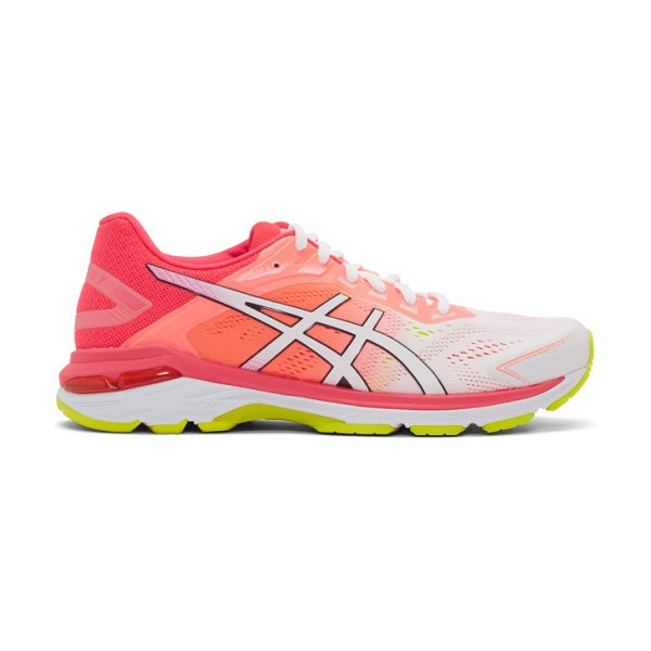Asics pink and white gt-2000 7 sneakers in wht,lpink