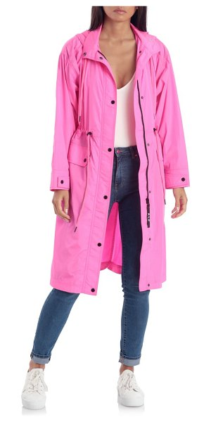 AVEC LES FILLES water resistant raincoat with removable hood in pink