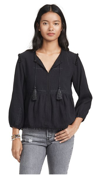 AYR the dolly top in black