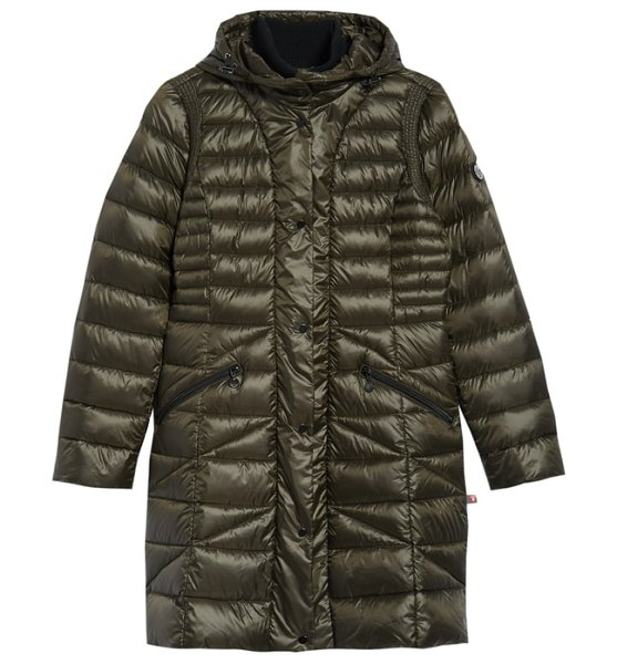 Bernardo bib hooded walker coat in grey - A packable coat that's packed with features, this...