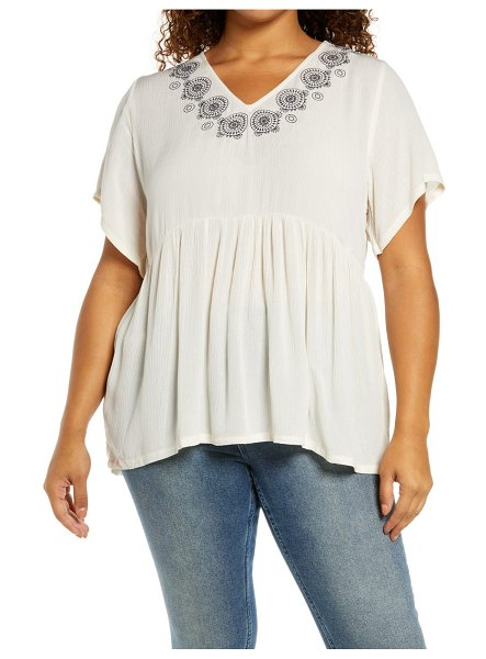 Bobeau embroidered babydoll top in cream