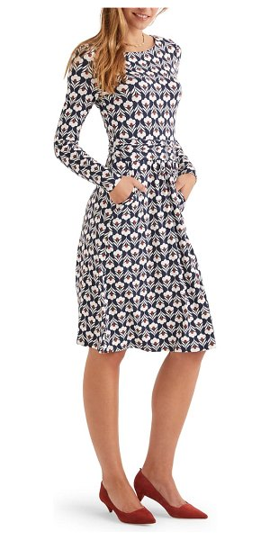 BODEN abigail print long sleeve jersey dress in navy and ivory petal head