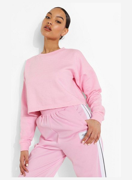 Boohoo Basic Crop Sweatshirt in pink