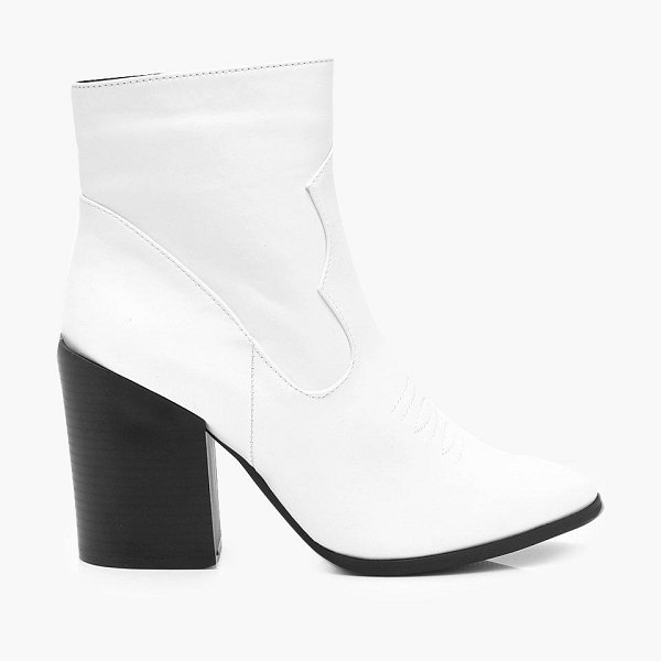 Boohoo Block Heel Pointed Toe Shoe Boots in white
