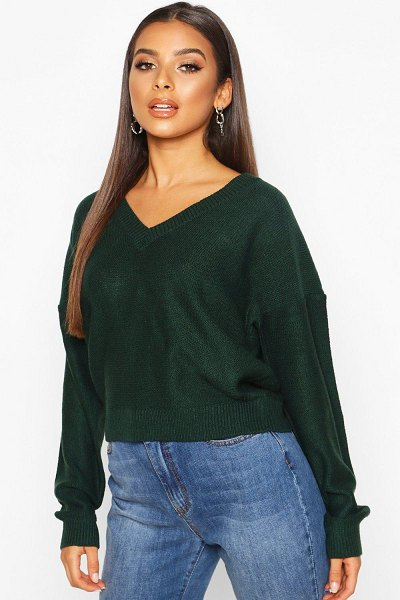 Boohoo Boxy V Neck sweater in green