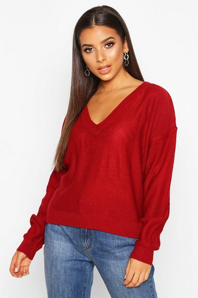 Boohoo Boxy V Neck sweater in red