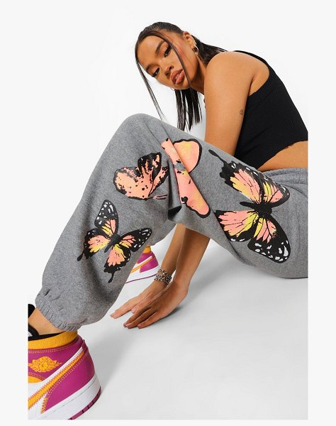 Boohoo Butterfly Print Jogger in grey