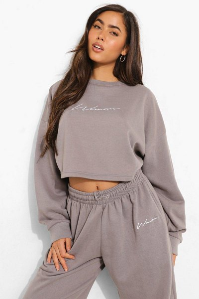 Boohoo Cropped Woman Embroidered Sweatshirt in charcoal