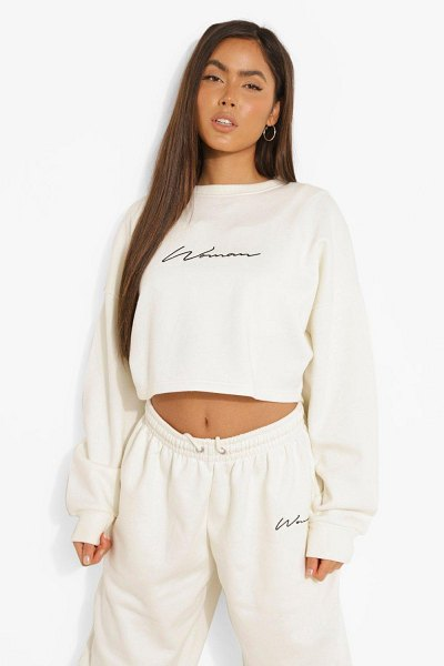 Boohoo Cropped Woman Embroidered Sweatshirt in ecru