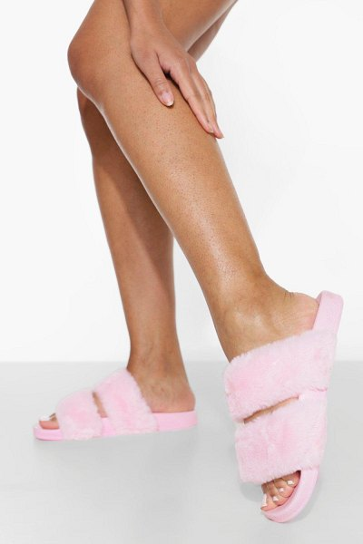 Boohoo Double Strap Fluffy Sliders in pink
