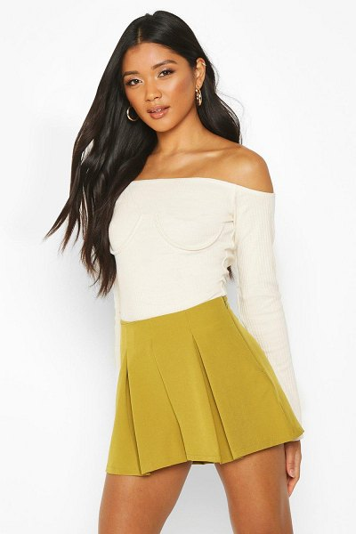 Boohoo Pleat Front Tailored Short in chartreuse