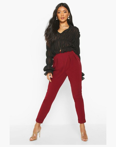 Boohoo Pleat Front Turn Up Slim Fit Trouser in berry
