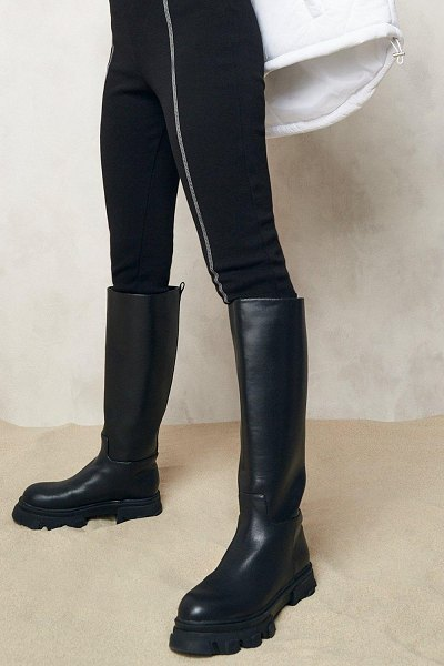 Boohoo Pull On Chunky Knee High Boots in black