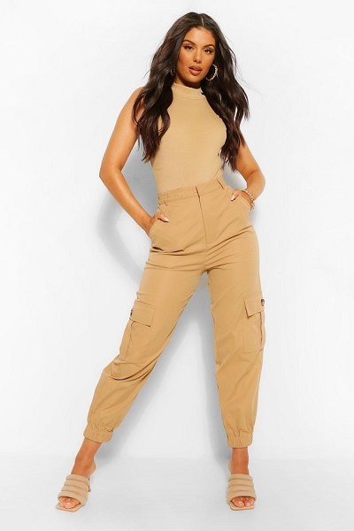 Boohoo Relaxed Cargo Pants in camel