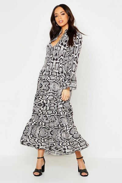 Boohoo Snake Print Maxi Smock Dress in black