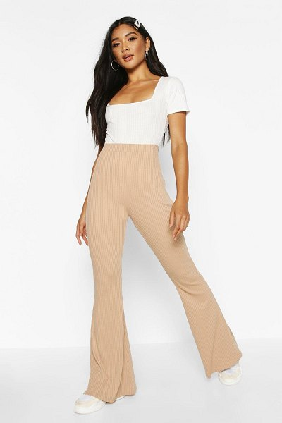 Boohoo Soft Ribbed Flare Trouser in camel