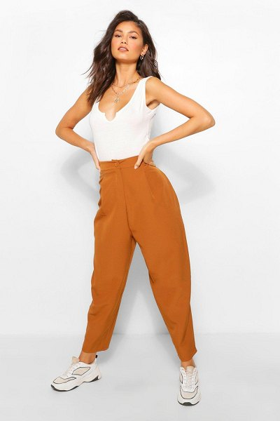 Boohoo Tailored Trouser in tobacco