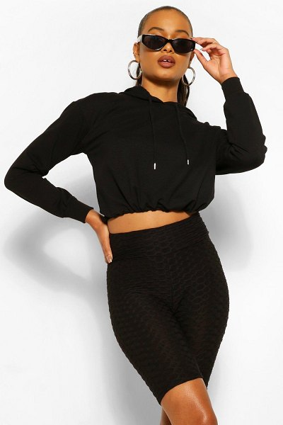 Boohoo Textured Fitted Cycling Short in black