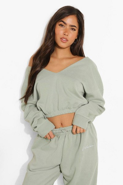 Boohoo V Neck Crop Sweatshirt in sage