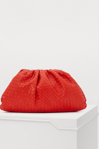 Bottega Veneta Clutch in lava (red)
