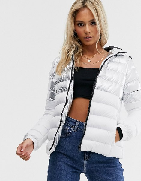 Brave Soul verbier paneled puffer jacket in metallic silver in whitesilver