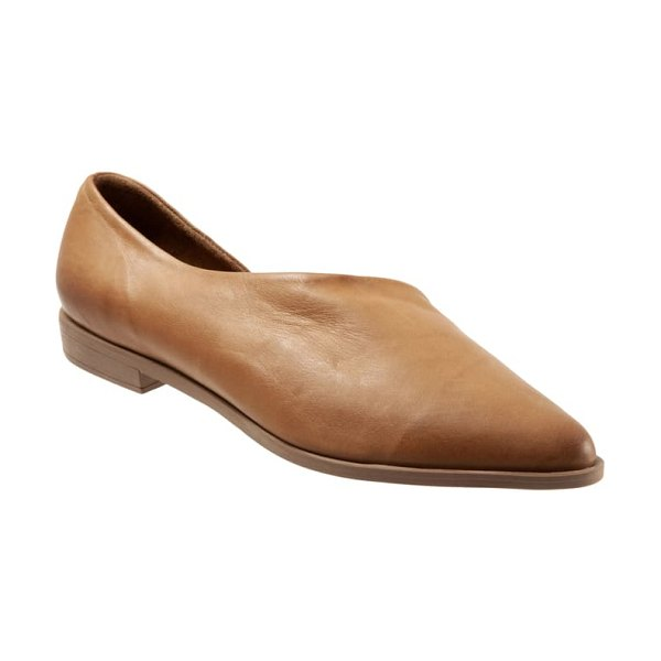 BUENO brandi half d'orsay flat in brown leather