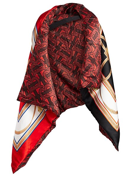 Burberry wadded oversized reversible cape in crimson