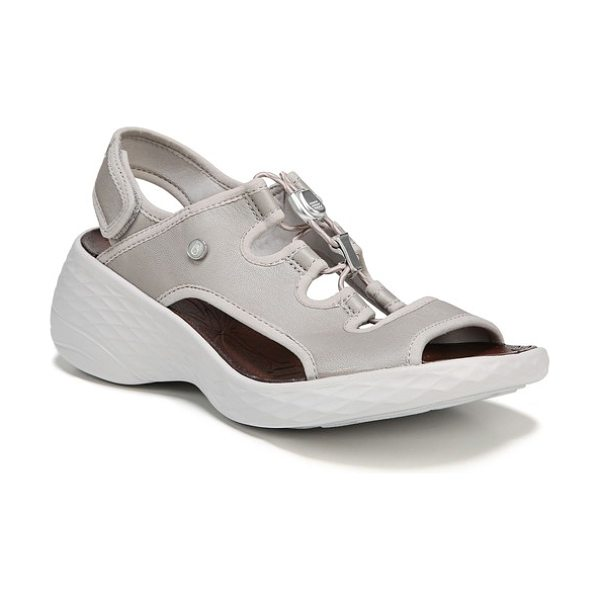 BZEES juicy sandal in silver fabric - Sleek, adjustable toggle straps amp up a sandal...