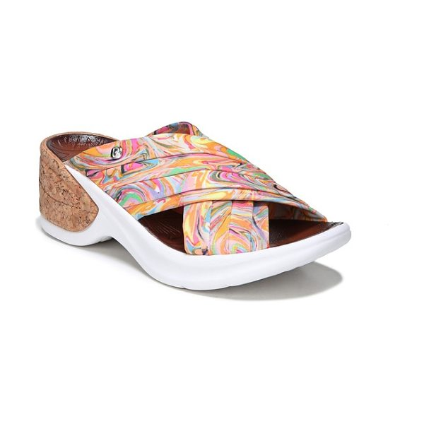 BZEES knockout slide sandal in multi fabric - Stretchy, pleated straps further the effortless comfort...