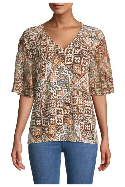 Calvin Klein Graphic Print V-Neck T-Shirt in luggage