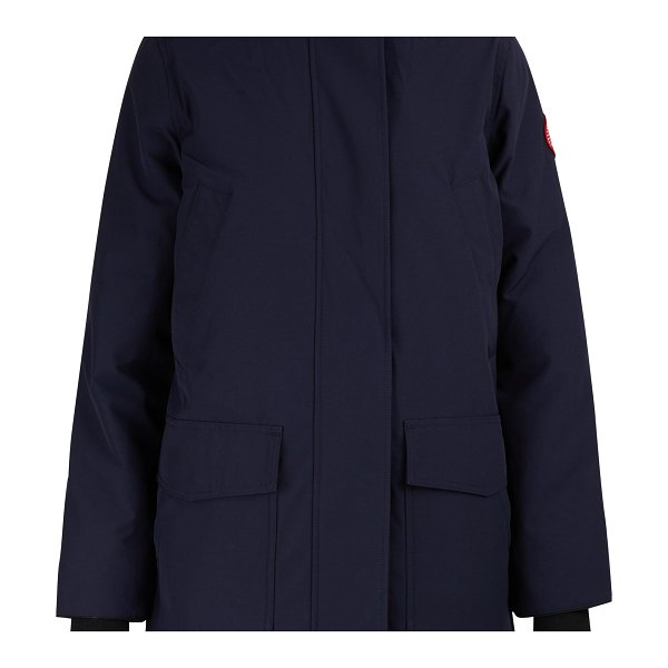 Canada Goose Canmore parka in bleu amiral - The Canmore parka by Canada Goose, the flagship brand of...