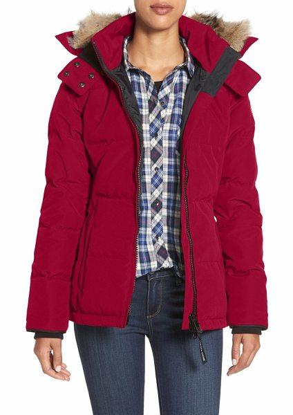 Canada Goose 'chelsea' slim fit down parka with genuine coyote fur trim in red