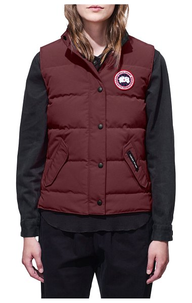 Canada Goose Freestyle Puffer Vest in purple