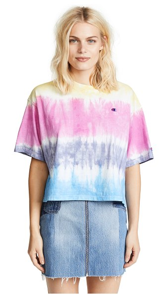 Champion Premium Reverse Weave oversize t-shirt in coral/pink/pink/blue - Fabric: Jersey Tie dye print T-shirt style Waist-length...