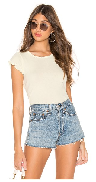 Chaser flouncy crew neck tee in chick
