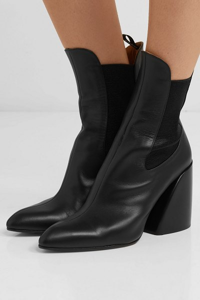 Chloe wave leather ankle boots in black